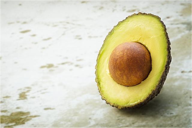 Buďte zdravější, krásnější a mladistvější díky avokádovému oleji