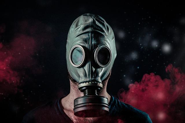 v plynové masce