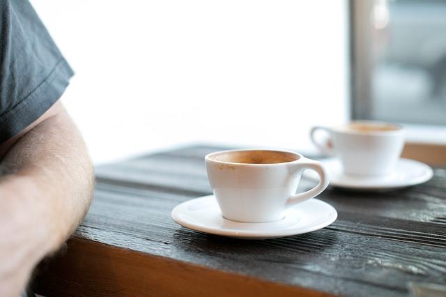 dvě kávy