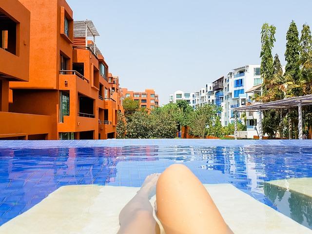 bazénu hotelu.jpg