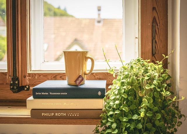 čaj na knihách