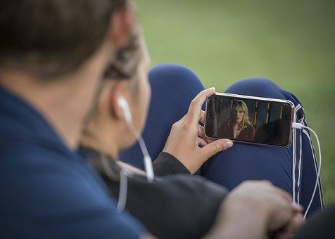 mobil lidé